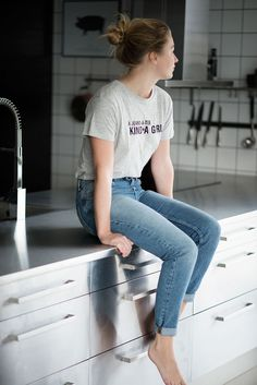 A jeans-&-tee kind*a girl - Rebecca Centren