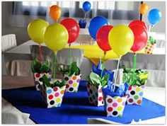 enfeites de mesa Sonic Birthday, Baby Boy 1st Birthday Party, Carnival Birthday Parties, Circus Party, Birthday Party Themes, Circus Decorations, Birthday Decorations, Stick Centerpieces, Candy Arrangements