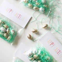 Make these cute little Easter treat bags using these free printable toppers!
