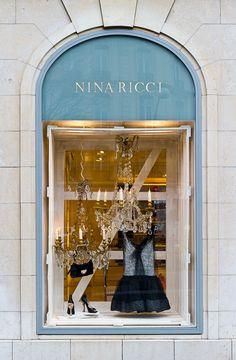 Nina Ricci,Avenue Montaigne, Paris, France