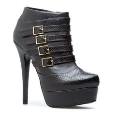 Just bought these booties and cannot wait!  All the proceeds go to Operation Shower, a military spouse charity!  Awesome!