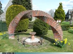 Fancy Arch, Bro.   Don't get all mathy on me with your front yard masonry.