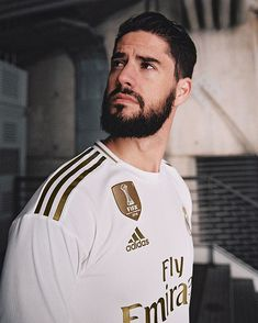 Real Madrid Football Club, Real Madrid Soccer, Real Madrid Players, Adidas Football, Football Soccer, Isco Real Madrid, Divas, Equipe Real Madrid, Isco Alarcon