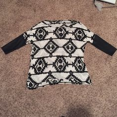 NWOT h&m top Light fun tribal sweater with faux leather sleeves. Excellent condition H&M Sweaters Crew & Scoop Necks
