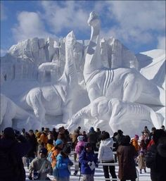 snow sculptures. great link with more incredible sculptures