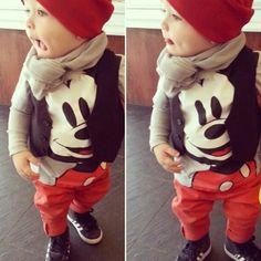 Cute! Disney Mickey Mouse Baby boy outfit    Es un pant rojo con una solo camisa manga corta d mickey y por debajo una managa larga (gris) para q ae mezcle con la playera