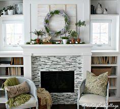 I like the shelves above the windows...living room?