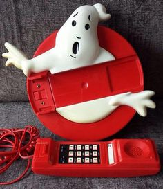Who ya gonna call? #Ghostbusters on a Ghostbusters phone! Collector - Simon Green.