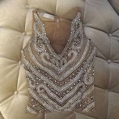 Beautiful Top / Only Me 💋💚💟💖✌✔👌💙💚 xoxo Ball Dresses, Short Dresses, Beads Clothes, Looks Party, Vogue Fashion, Apparel Design, Indian Wear, Blouse Designs, Dress To Impress