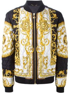 Shop Versace baroque print quilted bomber jacket in Julian Fashion from the world's best independent boutiques at farfetch.com. Shop 300 boutiques at one address.