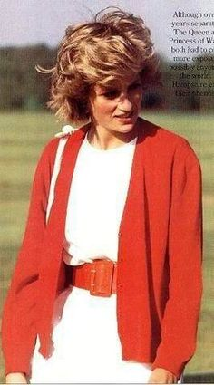 May Guards Polo Club on Smiths Lawn in Windsor, Berkshire. Princess Diana Dresses, Princess Diana Fashion, Princess Diana Pictures, Charles And Diana, Fashion Idol, Diane, Lady Diana Spencer, Queen Of Hearts, Role Models