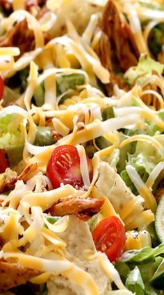Chicken Enchilada Salad with Caesar Dressing Best Mexican Recipes, Mexican Meals, Mexican Cooking, Country Cooking, Southern Recipes, Favorite Recipes, Best Chicken Enchilada Recipe, Chicken Enchiladas, Chicken Recipes