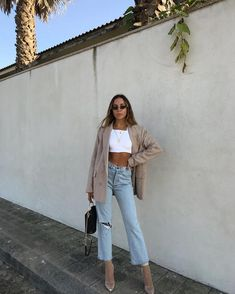 Nice outfit idea to copy ♥ For more inspiration join our group Amazing Things ♥ You might also like these related products: - Jeans ->. Mode Outfits, Trendy Outfits, Spring Outfits, Korean Spring Outfit, Blazer Outfits Fall, Dress Outfits, High Fashion Outfits, Chic Outfits, Fashion Dresses