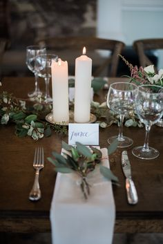 Love the greenery in the place settings! | Raleigh-Durham wedding, Raleigh-Durham wedding vendors, NC wedding, NC wedding vendors, outdoor, garden wedding | Photography @krystalkast Venue, Catering, Planning, Florals + Cake @fearrington MUA @joanne_maye DJ @ninetynineent Paper Goods @colormecarla Attire @misshayleypaige