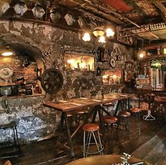 #bali #bar #restaurant #vintage #antique #deco #lunch #dinner #food #drink #interior #design #interiordesign #artsy # lafavela #lafavelabali