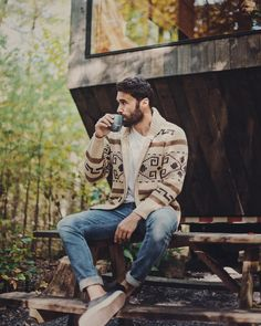 46 Ideas Mens Camping Style For 2019 Camping Outfits For Women, Summer Camping Outfits, Summer Outfits, Rugged Style, Mode Masculine, Mens Outdoor Fashion, Mens Fashion, Style Fashion, Men Looks