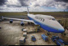 United Airlines B747-400 (N122UA) at Honolulu -  photo by Angelo Bufalino