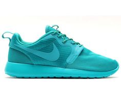 Trendy Womens Sneakers 2017/ 2018 : Nike Roshe Run WMNS Hyperfuse  Turbo Green / Dark Citron  Volt