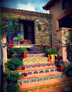 Perfeito, decoração Mexicana... http://www.houzz.com/ideabooks/11416486/list/Talavera-Tile-Ideas