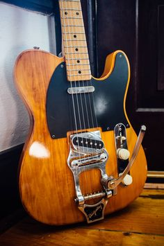 Learn to play the rhythm guitar by using these easy to understand recommendations. Playing an instrument is easy to master, and might open up numerous musical doorways. Fender Stratocaster, Fender Guitars, Easy Guitar, Guitar Tips, Cool Guitar, Music Machine, Guitar Photography, Cheap Guitars, Beautiful Guitars