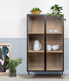 Drinks Cabinet, Sideboard Cabinet, Woman Bedroom, Japan Design, Home Fashion, Decoration, Interior Inspiration, Diy Home Decor, Furniture Design