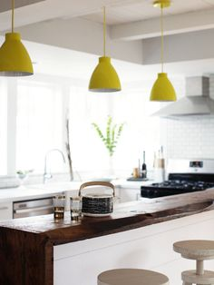 decor kitchen lighting designs - 16 Decorating Your Kitchen With Pendant Lights HomeSpirations