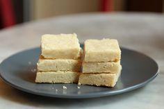 Maple nutmeg shortbread