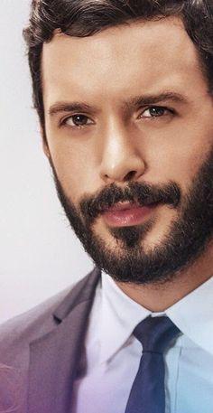 Turkish Men, Turkish Beauty, Turkish Actors, Elcin Sangu, Tacker, Boy Photography Poses, Beard No Mustache, Big Love, Hair And Beard Styles
