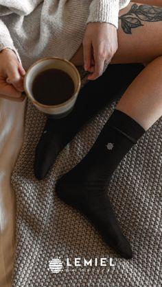 #Socken #nachhaltig #bambus #bamboo #bambussocken #cozytime #coffee #girlsbedroom High Socks, Main Hoon Na, Classic, Nice Asses