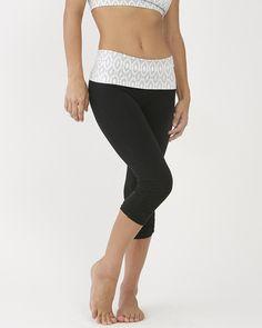 Ethnic Print Leggings (Short) / moani yoga / yoga bottoms