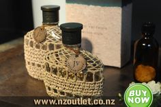 Buy Online #Artisan_Acqua #John_Varvatos @Perfume for men This John Varvatos Artisan Acqua Pour Homme Eau de Toilette combines an invigorating citrus blend with accents of spices and herbs for a unique woody aroma. The resulting fragrance embodies the confidence, creativity and passion of the modern man. http://nzoutlet.co.nz/product/product_details/aqua