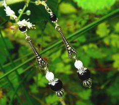 Boucles argent 925, Obsidienne oeil céleste, Labradorite blanche, onyx noir, dagues médiévales: ᘛ L'écrin d'Ásgard ᘚ : Boucles d'oreille par atelier-bijoux-legendaires