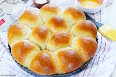 Flour, yeast, butter and milk is all you need to create these soft and fluffy rolls in less than half an hour! These foolproof 30 minute dinner rolls are so easy to make