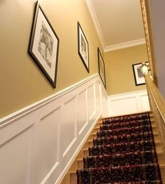 Picture Frame Wainscoting, Black Wainscoting, Wainscoting Nursery, Wainscoting Kitchen, Wainscoting Ideas, Paneling Ideas, Painted Wainscoting, Wainscoting Height, Houses