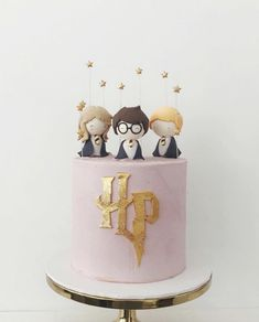 The sweetest Harry Potter Cake via 🖤 Inspired? Style the ultimate Harry Potter soirée via our Licensed Party Theme Section - link in bio x .