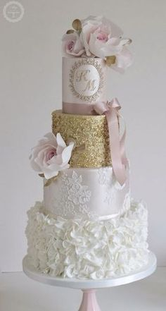 Featured Cake: Cotton & Crumbs; Wedding cake idea.