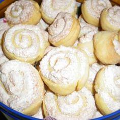Kókuszos habtekercs Recept képpel - Mindmegette.hu - Receptek Hungarian Desserts, Hungarian Recipes, Pastry Recipes, Cookie Recipes, Dessert Recipes, Bread And Pastries, Winter Food, Creative Food, No Bake Cake