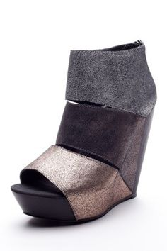 Messeca Coraline Wedge Sandal
