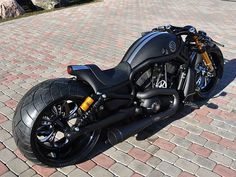 Very nice V-Rod Harley-Davidson VRSCDX Supercharged as a ultra cafe racer Harley Davidson Night Rod, Motos Harley Davidson, Night Rod Special, Custom Street Bikes, Custom Bikes, Moto Bike, Motorcycle Bike, Women Motorcycle, Vrod Custom