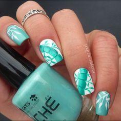 Tiffany Blue Bamboo Nail Art.