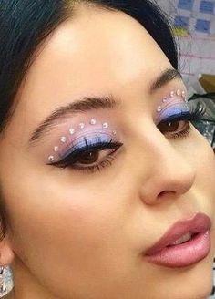 Makeup Eye Looks, Eye Makeup Art, Cute Makeup, Eyeshadow Looks, Pretty Makeup, Skin Makeup, Eyeshadow Makeup, Halo Eye Makeup, Clown Makeup