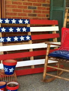 I have a friend who is making and selling these cute Stars and Stripes Pallets that would be so perfect as decorations for The of July, Memorial Day, and Labor Day. Let me know if you would like her contact information. I think they would be so cute to Memorial Day Decorations, Patriotic Decorations, Patriotic Party, Holiday Decorations, Cozy Christmas, Holiday Fun, Holiday Ideas, Festive, 4th Of July Party