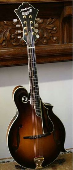 1995 Monteleone Grand Artist Mandolin