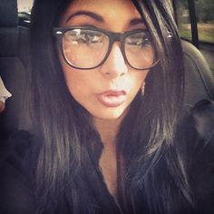 Nicole Elizabeth Polizzi aka Snooki....love a cute chic in glasses...so pretty. I need those frames!