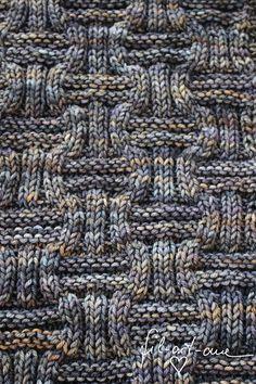 Strick jetzt für Deinen Liebsten einen schönen Schal // Loop bzw. kannst Du ihn als Mann natürlich auch für Dich selber stricken. Leg gleich los damit.