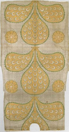 16th century ottoman kaftan back fragment • symbolic peacock feather design
