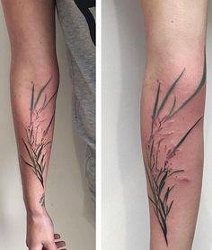 Luleone flower tattoo