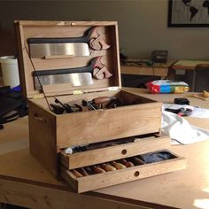 Woodworking Plans and Tools: Photo