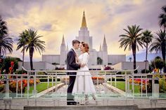Amy & Tyler in a classic wedding pose at the Mormon LDS Temple in Oakland.