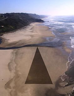 Jim Denevan transitory land art / sand art